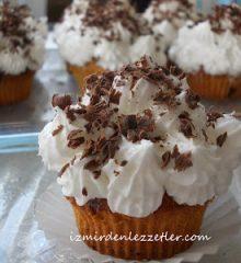 Çikolata Dolgulu Muzlu Muffin