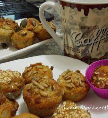 Peynirli Cevizli Minik Muffinler