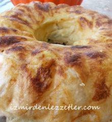 Kek Kalıbında Ispanaklı Börek
