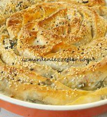 Ispanaklı Peynirli Sarmal Börek