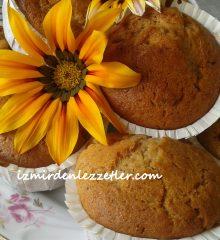 Cevizli ve Kuru Üzümlü Muffinler