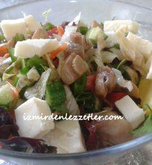Mantarlı Karışık Salata