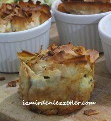 Muffin Kalıplarında Ispanaklı Börek
